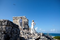 Bride and groom on Mayan ruins